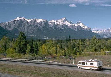 RV and mountains