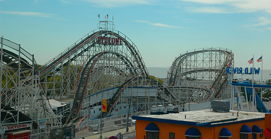 Cyclone roller coaster